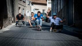 Perro anuncian nuevo disco 'Estudias, Navajas'. Escucha 'Olrait'