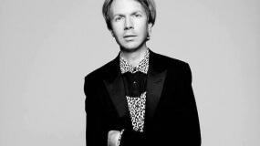 Beck utiliza un videoclip adorable para posicionarse a favor de los derechos de los animales