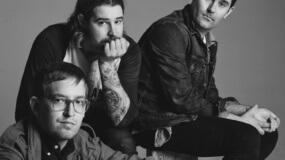 METZ estrena videoclip para 'Cellophane'