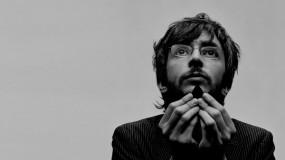 Xoel López a la carrera en su nuevo videoclip – Tierra