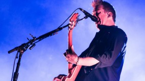 Vídeo del concierto de Queens Of The Stone Age en Reading / Leeds 2014
