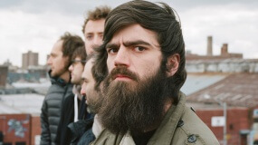 Titus Andronicus versiona 'The Hills' de The Weeknd