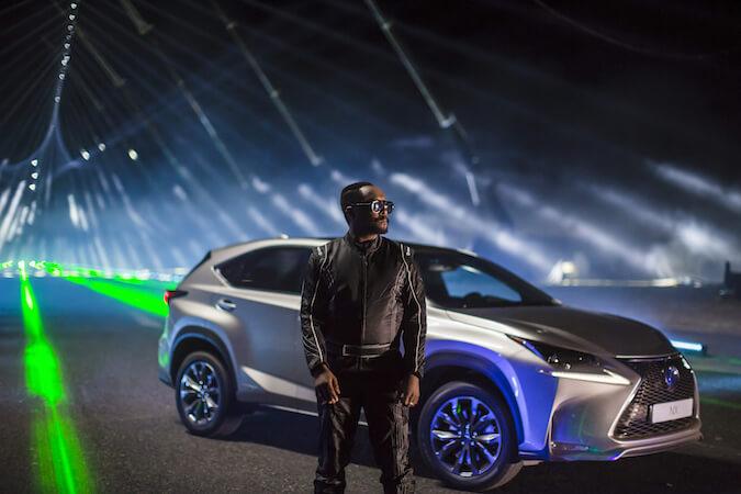 will.i.am y Lexus reinventan el modo de hacer un remix convirtiendo una carretera en un enorme pentagrama #LexusNX
