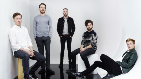 Clint Mansell remezcla 'Give It All' de Foals