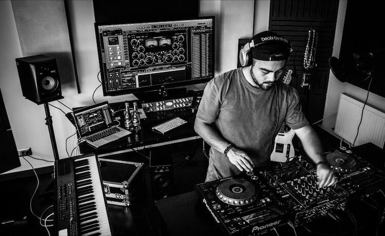 DJ Who (2016)