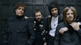 Kasabian estrenan videoclip para 'Are You Looking for Action?'