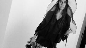 PJ Harvey estrena 'An Acre of Land', un nuevo tema para la BSO de Dark River