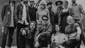 Broken Social Scene estrenan un surrealista videoclip lleno de GIFs para 'Boyfriends'