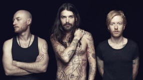 Biffy Clyro estrena el vídeo en acústico de 'Mountains' extraído de su MTV Unplugged