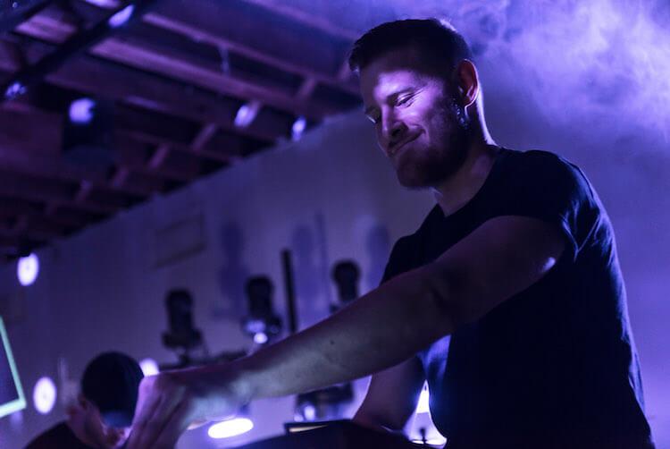 Carpenter Brut Publica Un Remix Del Dance Macabre De Ghost