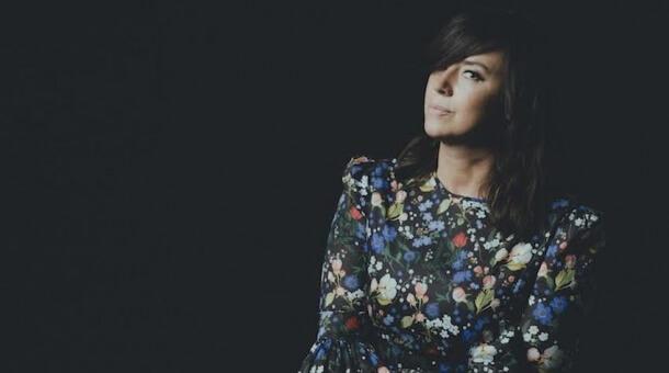 Cat Power comparte 'Stay', su nuevo single donde versiona a Rihanna