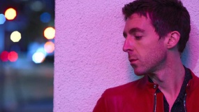 Miles Kane comparte nuevo single: 'Blame It On The Summertime'