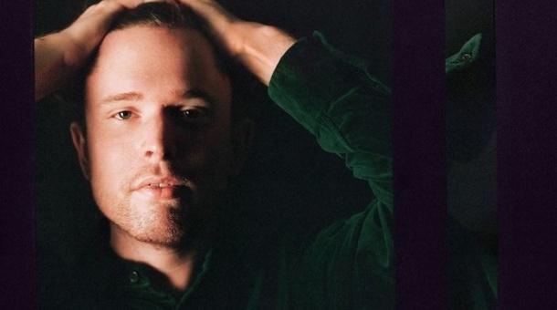 Escucha 'Mile High', lo nuevo de James Blake con Travis Scott