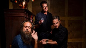 Calexico e Iron & Wine anuncian disco conjunto y estrenan 'Father Mountain'