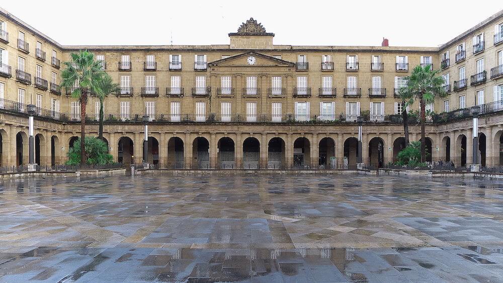 Plaza Nueva - Qué ver en Bilbao