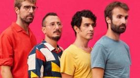 Manel nos vuelve a despistar con 'Boy Band', su nuevo single