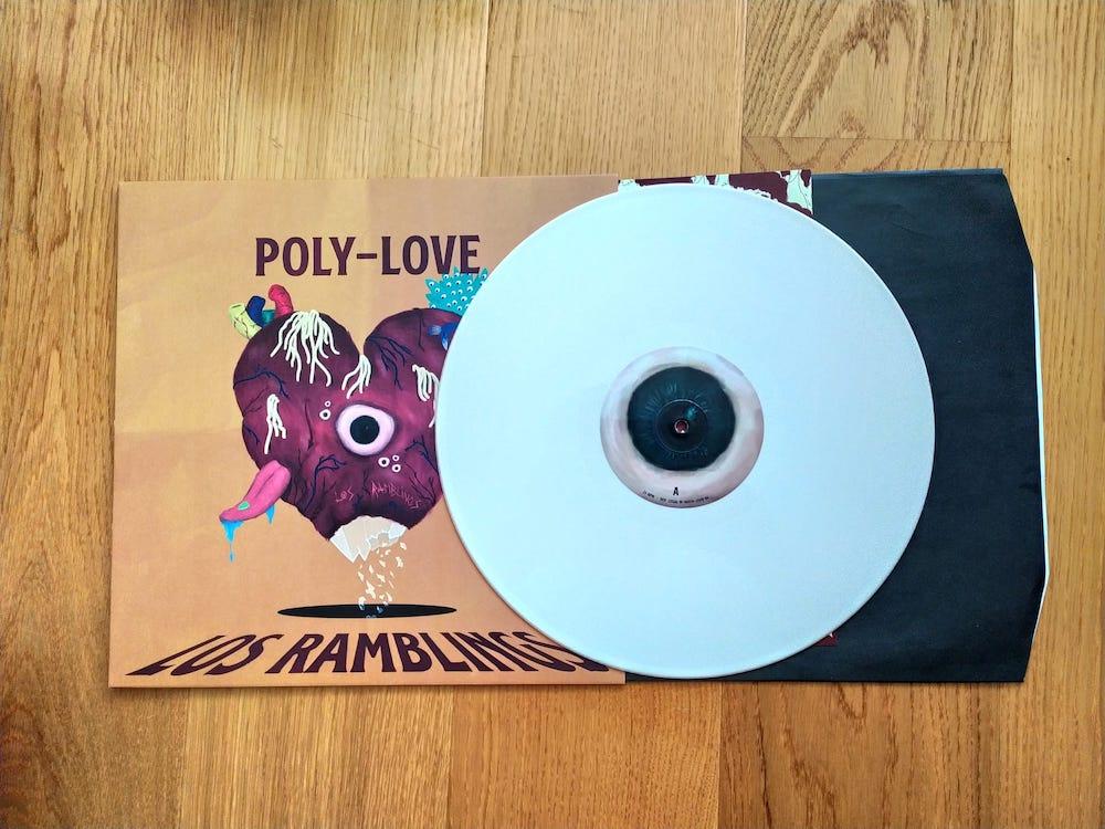 vinilos blancos de 'Poly-love' de Los Ramblings