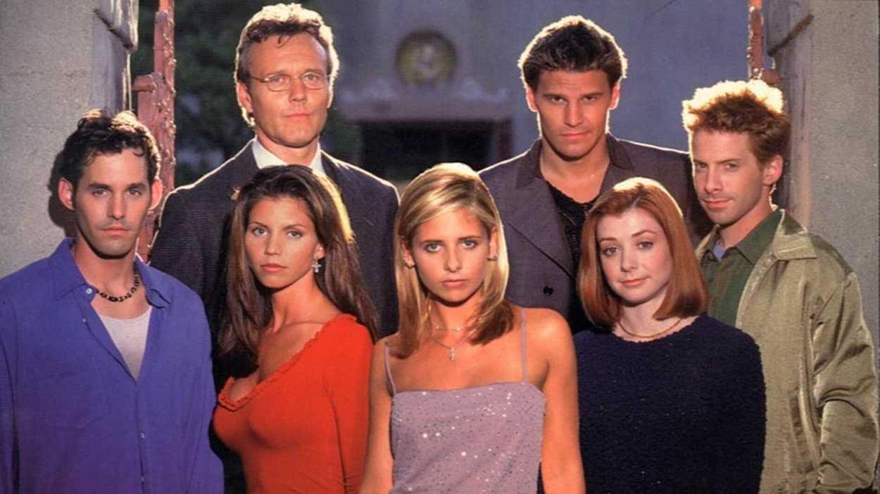 Dónde ver 'Buffy, cazavampiros' online y en castellano