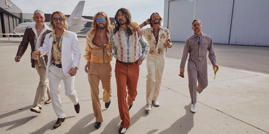 Dee Gees - Foo Fighters